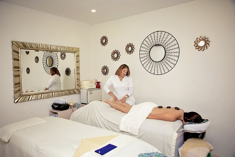 Sirena Island Spa and Beauty Salon at Eagle Beach Aruba